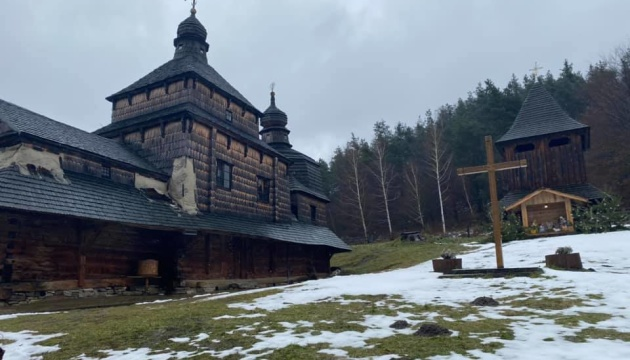На Львовщине разрушается старинная деревянная церковь из списка ЮНЕСКО