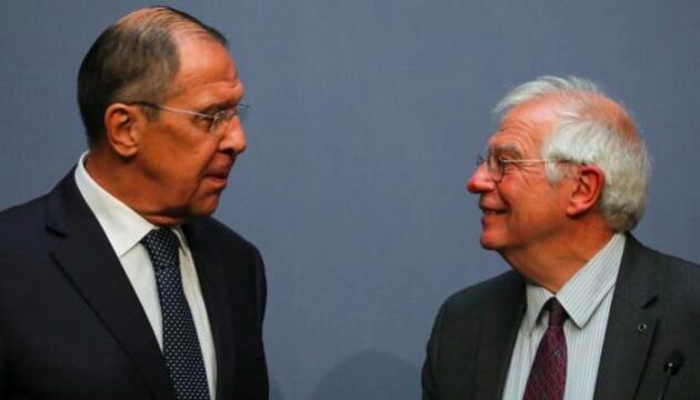 Лавров заявив Боррелю, що у відносинах Росії та Євросоюзу «відсутня нормальність»