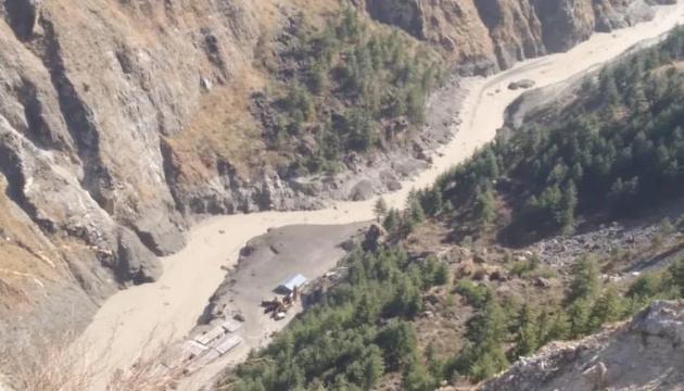В Індії внаслідок танення льодовика зникли безвісти близько 150 осіб