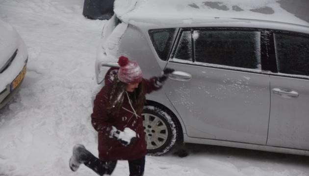 Україну замітає: на завтра прогнозують сильний сніг і хуртовини