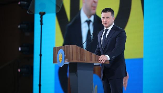 Ukraińcy nie będą eksperymentować z rosyjską szczepionką – Zełenski