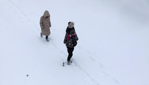 Kyjiw sagt man Schneestürme und einen deutlichen Kälteeinbruch vorher