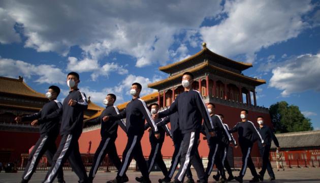 Сі Цзіньпін оголосив повну перемогу над бідністю в Китаї
