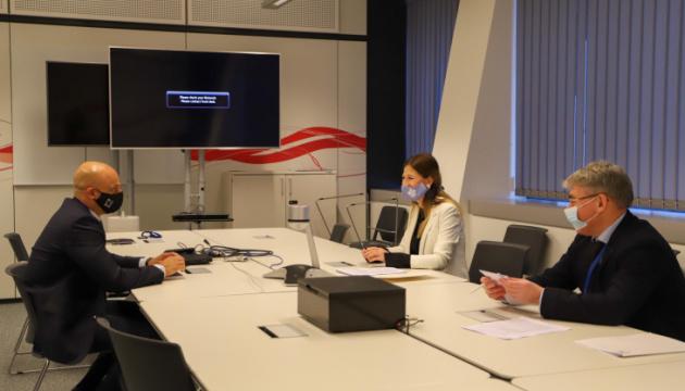 Джапарова у штаб-квартирі НАТО обговорила мілітаризацію Росією Криму