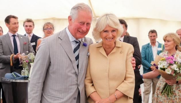 Принц Чарльз із дружиною зробили щеплення від коронавірусу