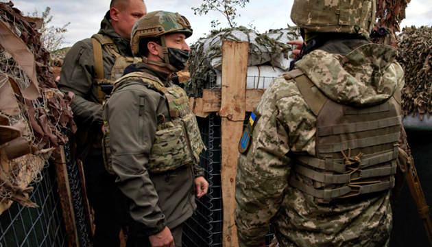 Zełenski wraz z przedstawicielami krajów G7 przybył do Donbasu