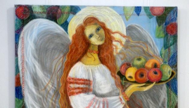 Вінницька мисткиня присвятила 150-річчю Лесі Українки виставку витинанок та живопису