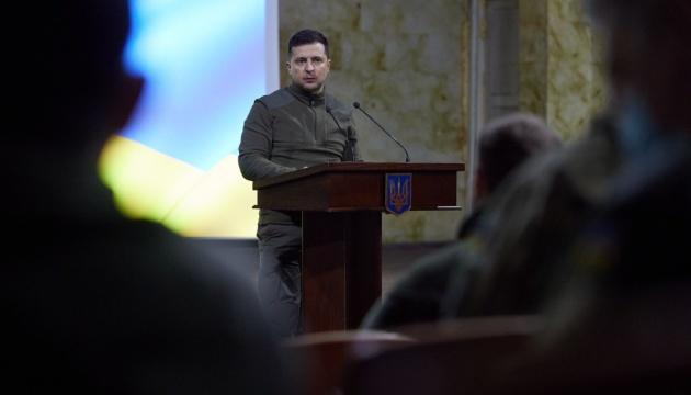 「ミンスク諸合意は明確な工程表にしたがい全ての当事者が履行すべき」=ゼレンシキー大統領