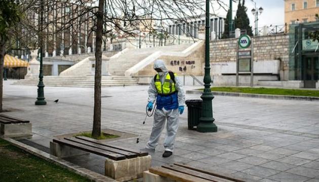 В Афінах ввели локдаун, щоб стримати поширення коронавірусу