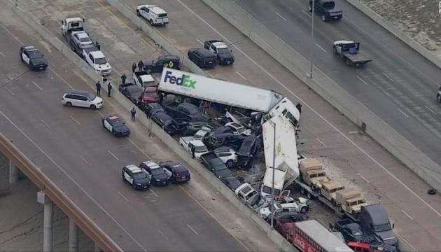 У США через негоду зіткнулися 133 авто, є загиблі