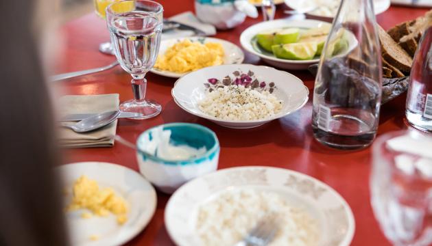 Нове меню у школах: Зеленська скуштувала страви разом із учнями