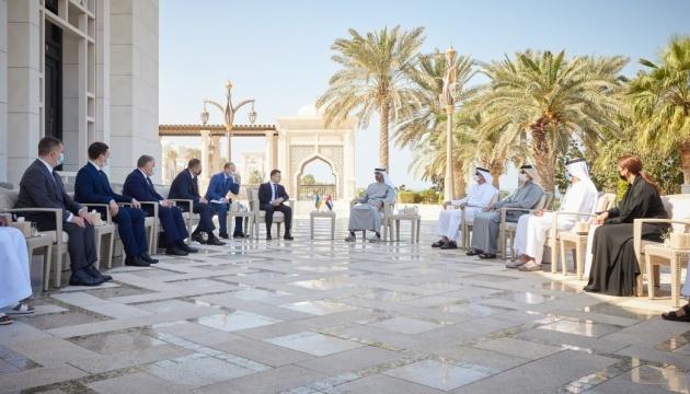 Number of bilateral documents signed during Zelensky's visit to UAE