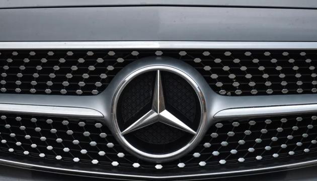 Mercedes отзывает почти 1,3 миллиона авто