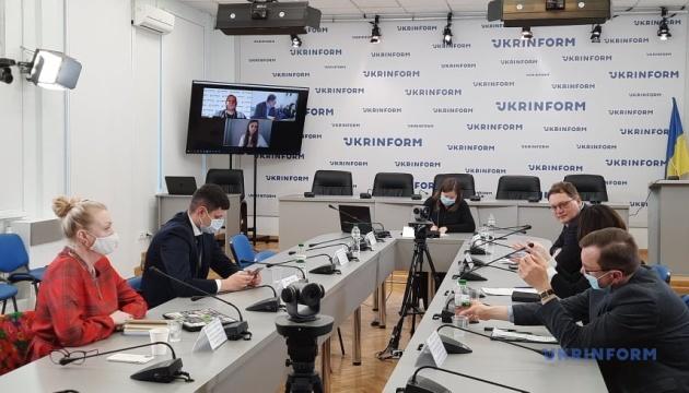 Медіаграмотність: чого не вистачає українцям, щоб почуватися безпечно в інфосвіті