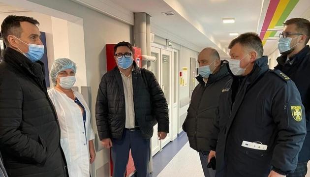 Из-за вспышки коронавируса на Прикарпатье разворачивают временный госпиталь - Ляшко