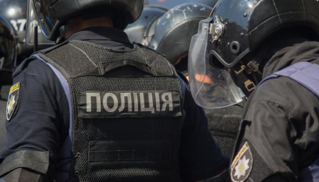 Поліція перевіряє інформацію про замінування двох об'єктів у Голосіївському районі