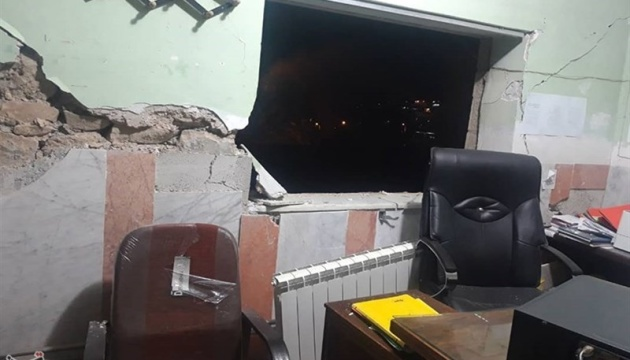 Потужний землетрус в Ірані зруйнував будинки, десятки постраждалих