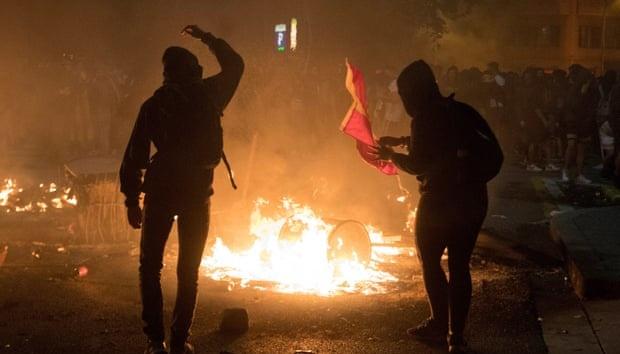 В Испании произошли уличные беспорядки из-за ареста известного рэпера