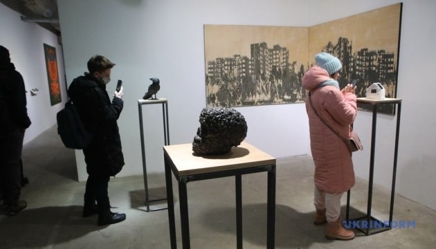 Виставка сучасного мистецтва «Штучний біль» відкрилася у Харкові