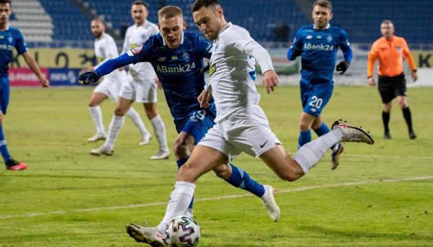«Динамо» відігралося у «Десни» і продовжує лідирувати у чемпіонаті України з футболу