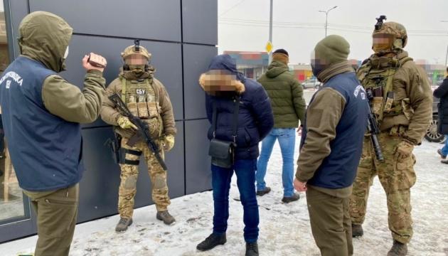 У Харкові затримали шпигуна, який збирав для РФ дані про новітній український танк
