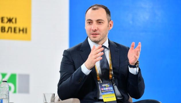 Голова Укравтодору закликає регіони ремонтувати дороги за кредити ЄБРР