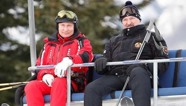 Як Лукашенко з Путіним під час перемовин на лижах каталися