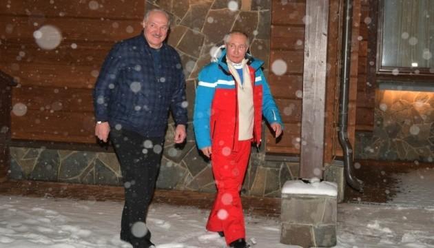Путін–Лукашенко: гра в «дорожные карты»