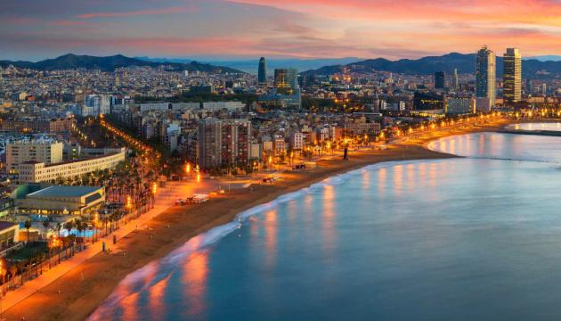 Чи варто Києву услід за Барселоною забороняти короткострокову оренду житла?