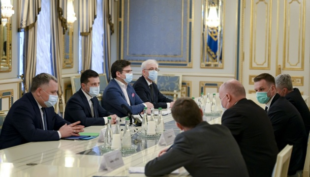 Zelensky asks Lithuania to help Ukraine with COVID-19 vaccine