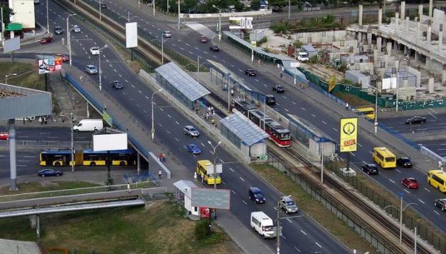 Індустріальний міст у Києві перекриють на три місяці