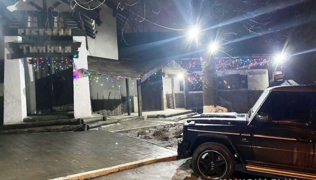 Возле кафе в Днипре произошла стрельба