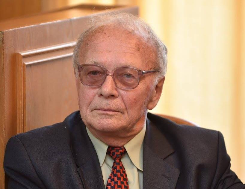 Володимир Міхньов