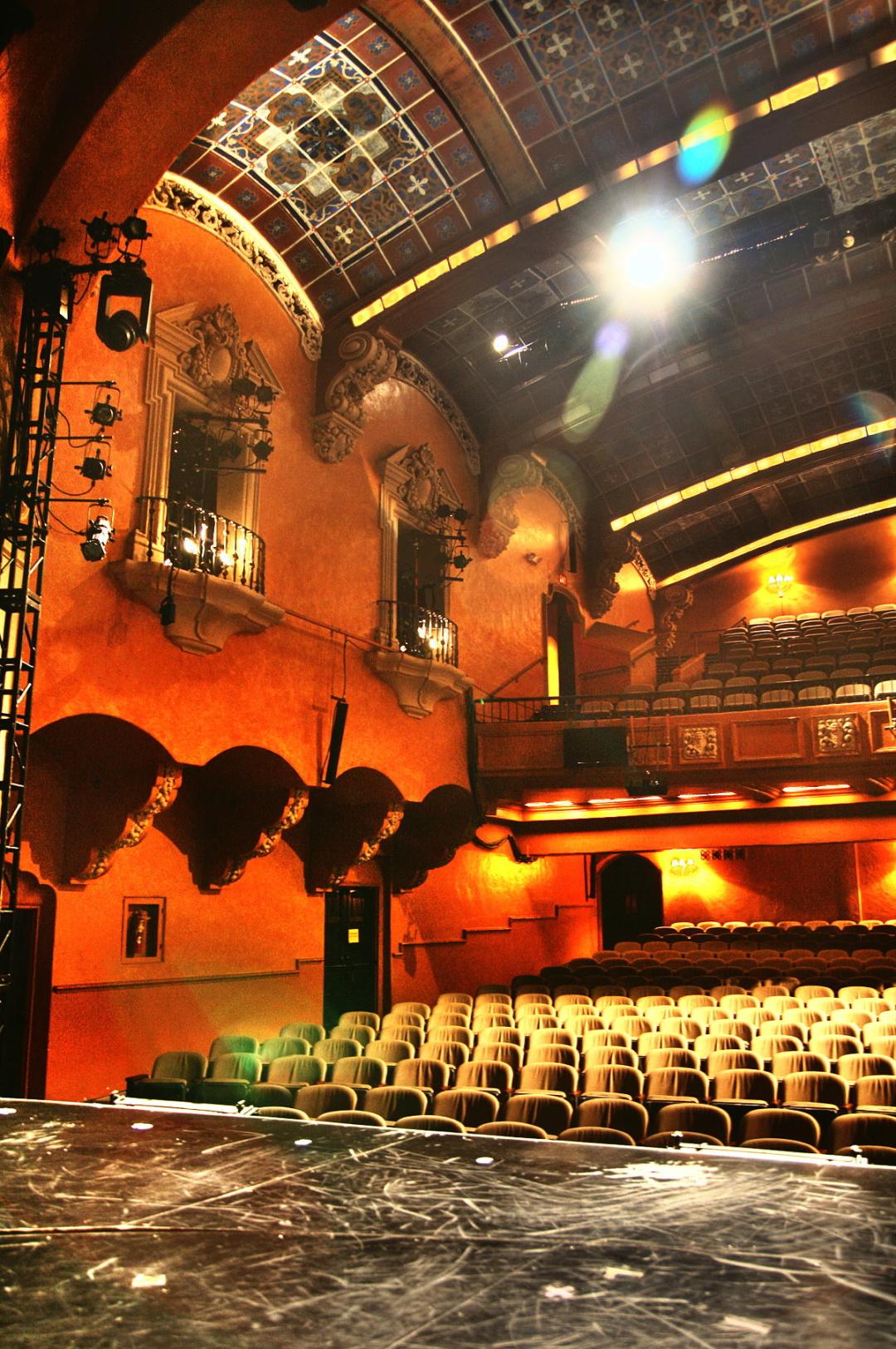 "вид на театральну аудиторію ""Pasadena Playhouse"" 1"