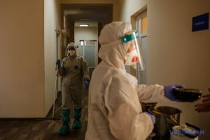 У Києві за добу - 682 випадки коронавірусу, 18 хворих померли