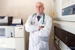 На Закарпатье коронавирус «помолодел» на 10 лет - врач