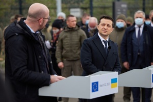 Zelensky urges EU to continue to put pressure on Russia due to its constant provocations in Donbas