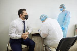 Зеленський — про темпи COVID-вакцинації в Україні: Питання зараз не в кількості