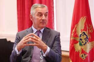 Президент Чорногорії хоче повністю закрити країну
