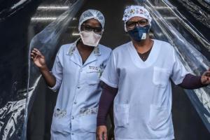 Кожні 30 хвилин внаслідок COVID-19 помирає один медик - Amnesty