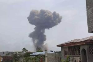 Взрывы в Экваториальной Гвинее: 17 погибших, сотни раненых, людей ищут под завалами