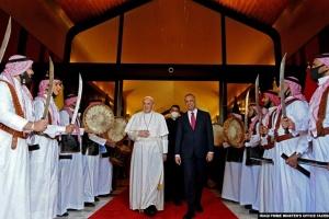 Папа Римский сделал заявление после исторического визита в Ирак
