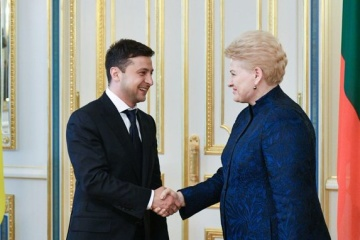Zelensky congratulates Dalia Grybauskaite on her birthday