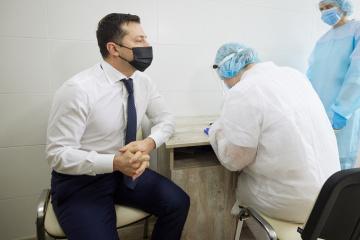 """""""Niveau der Antikörper niedrig"""": Selenskyj nennt Grund für Impfung nach überstandener Infektion"""