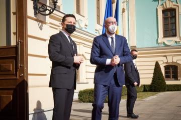 ゼレンシキー大統領、EUに対しクリミアでの人権侵害での対露制裁発動を呼びかけ
