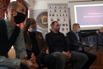 Former Kremlin's political prisoners set up Release of Prisoners platform