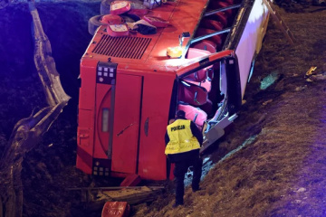 Busunfall in Polen: Selenskyj spricht Angehörigen der Opfer Mitgefühl aus