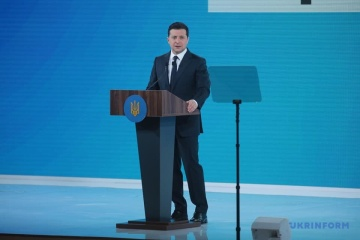 Main response to COVID-19 is vaccination, not lockdown - Zelensky