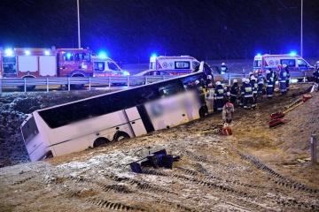 Ein Toter und vier Verletzte: Zweiter Unfall mit ukrainischem Reisebus am gleichen Ort in Polen