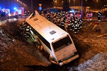 Unfall mit ukrainischem Reisebus in Polen: Fünf Personen in Krankenhäusern behandelt